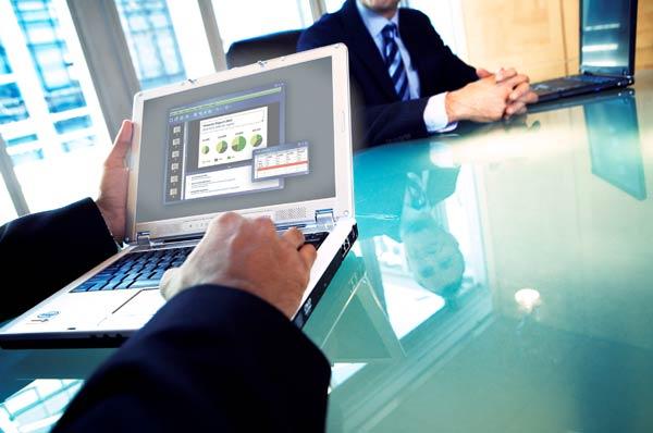 risorse_2/Immagini_di_portale/lavoro-ufficio1.jpg